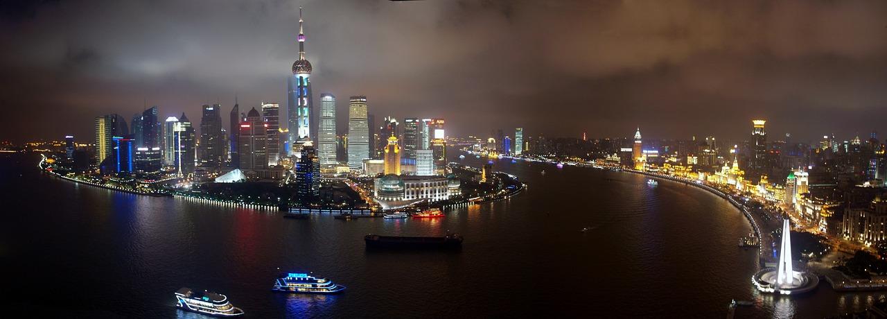 Herausforderung chinesischer Markt - Skyline Shanghai